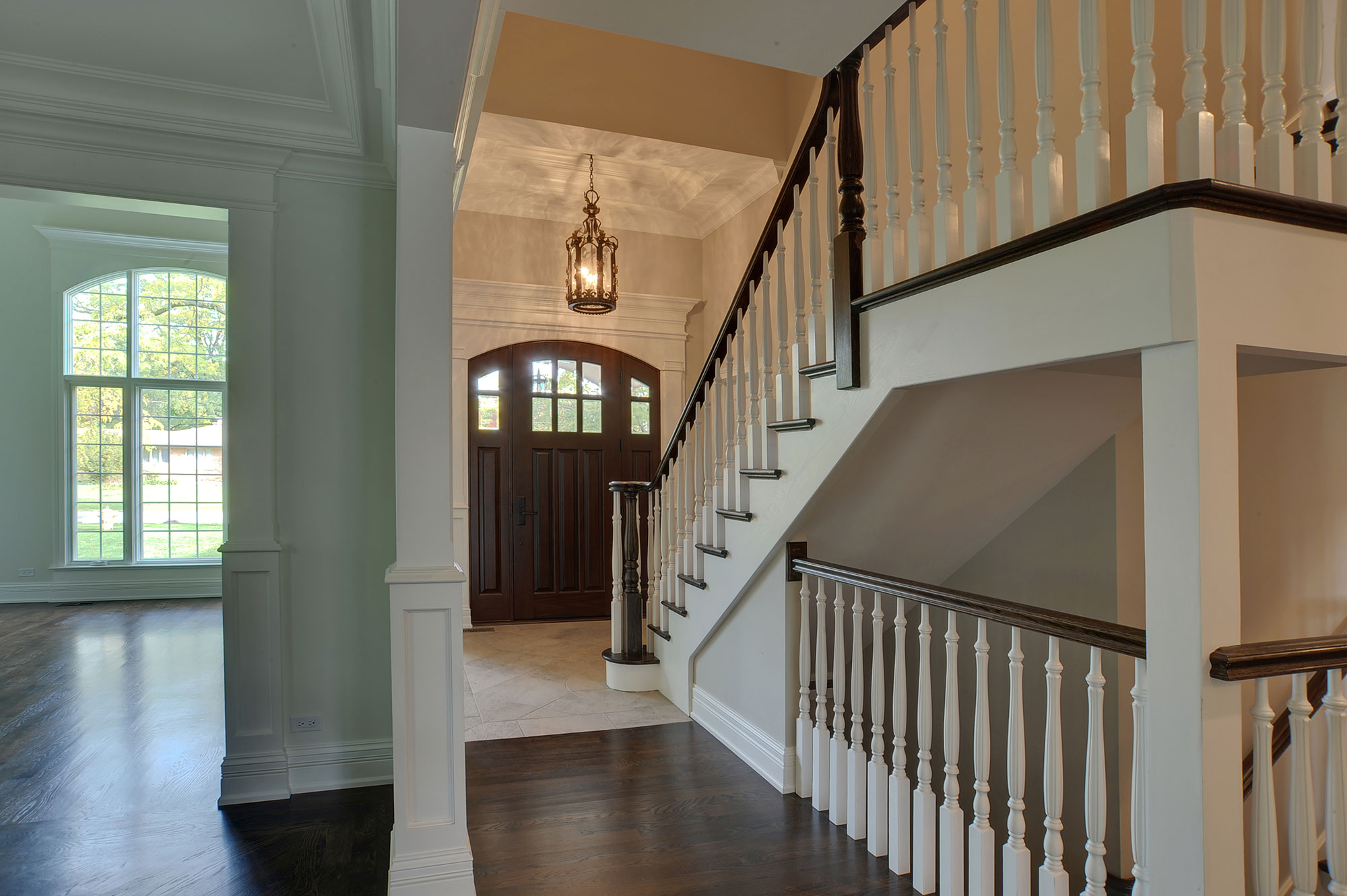 Lighting Basement Washroom Stairs: Globex Developments, Inc. - Custom Home