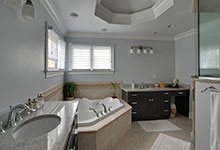 1001-Woodlawn-Glenview - Master Bathroom   - Globex Developments Custom Homes