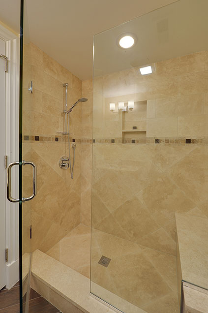 1005-Queens-Glenview - Basement-Bathroom-Shower - Globex Developments Custom Homes