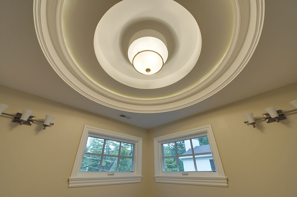 1005-Queens-Glenview - Master-Bathroom-Light - Globex Developments Custom Homes