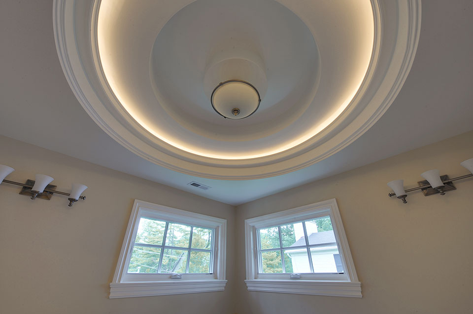 1005-Queens-Glenview - Master-Bathroom-LightRing - Globex Developments Custom Homes