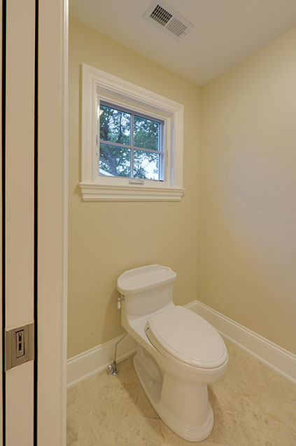 1005-Queens-Glenview - Master-Bathroom-Toilet - Globex Developments Custom Homes