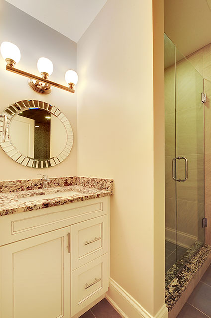 1021-Huckleberry-Glenview - Basement-Vanity - Globex Developments Custom Homes