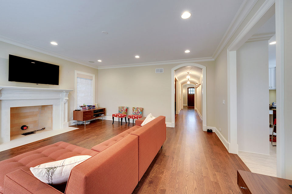 1021-Huckleberry-Glenview - FamilyRoom-Entry - Globex Developments Custom Homes