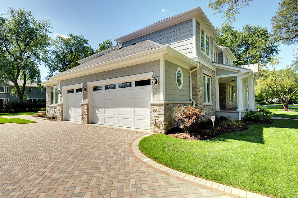 1021-Huckleberry-Glenview - House-Garage - Globex Developments Custom Homes