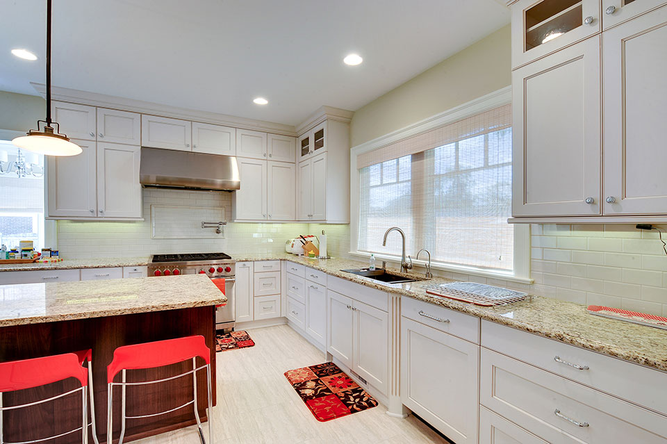 1021-Huckleberry-Glenview - Kitchen-Cabinets - Globex Developments Custom Homes