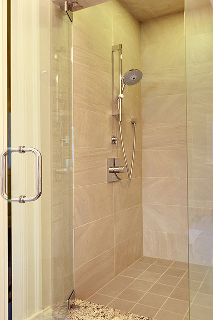 1021-Huckleberry-Glenview - Master-Shower - Globex Developments Custom Homes