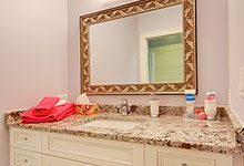 1021-Huckleberry-Glenview - JackJill Bathroom Vanity - Globex Developments Custom Homes