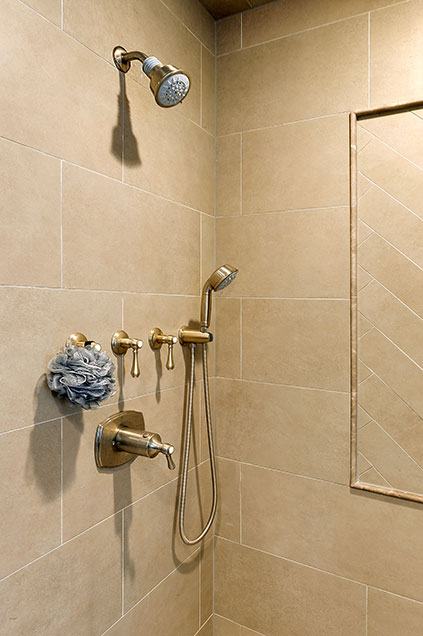 1044-Woodlawn-Glenview - Master-Bathroom-Shower - Globex Developments Custom Homes
