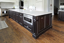 1044-Woodlawn-Glenview - Kitchen Island - Globex Developments Custom Homes