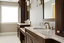 1044-Woodlawn-Glenview - Master Bathroom Detail - Globex Developments Custom Homes