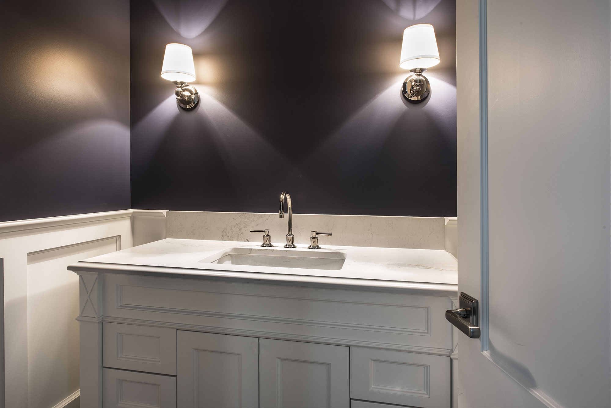 Bathroom vanity chicago il tidycity cleaning services in for Bathroom vanities chicago suburbs