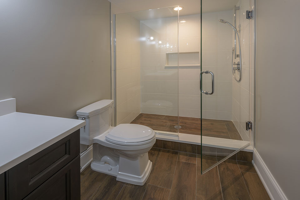 1205-Pleasant-Glenview - Basement-Bathroom - Globex Developments Custom Homes