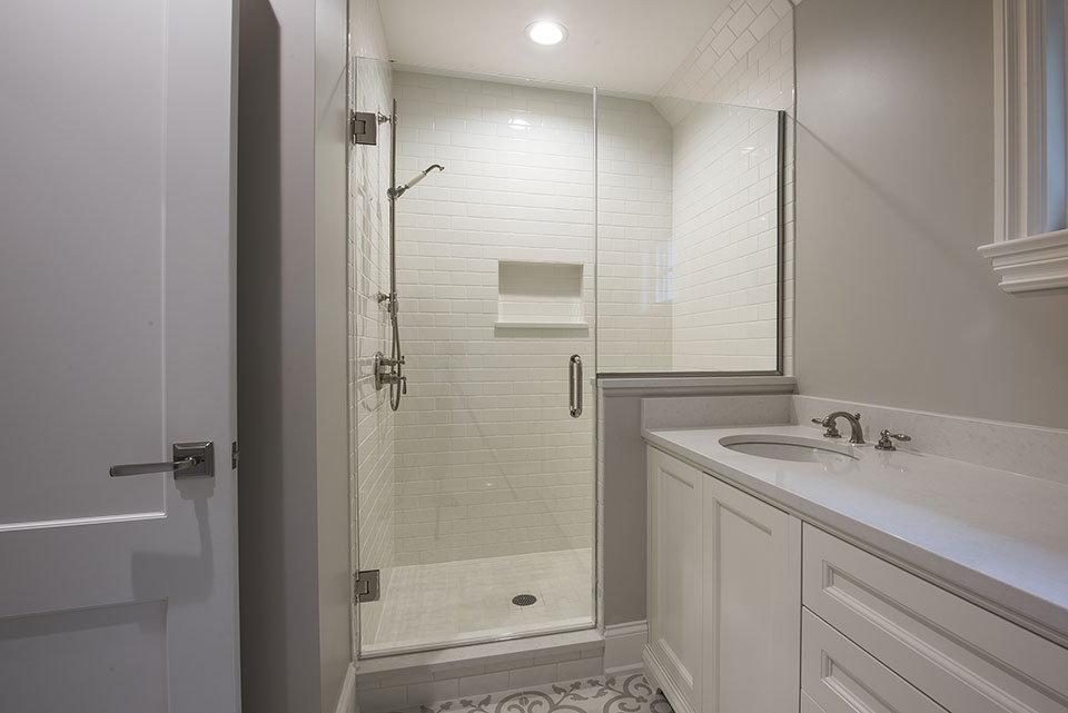 1205-Pleasant-Glenview - Bathroom-Shower - Globex Developments Custom Homes