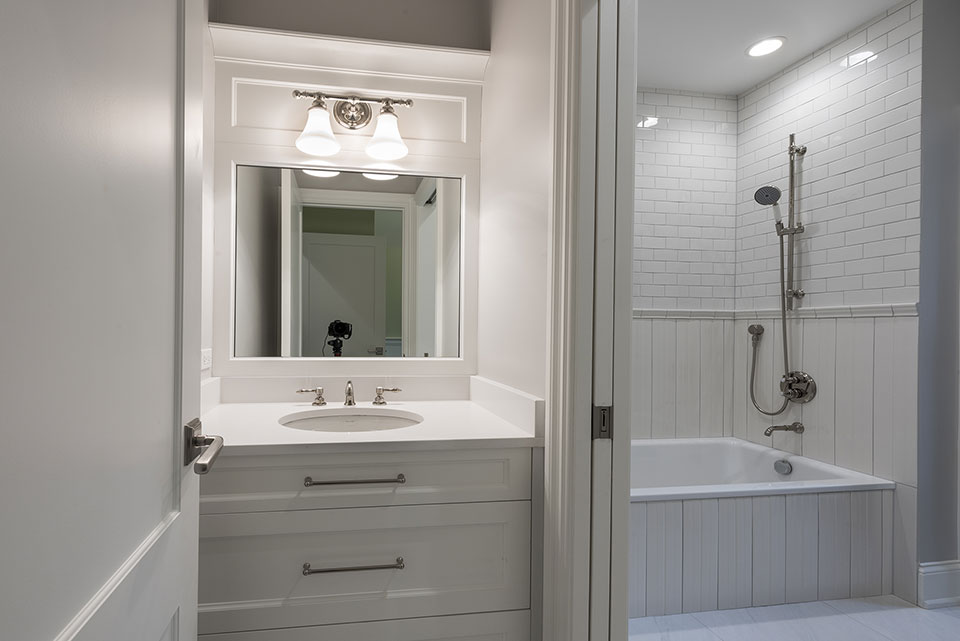 1205-Pleasant-Glenview - Bathroom-Vanity - Globex Developments Custom Homes