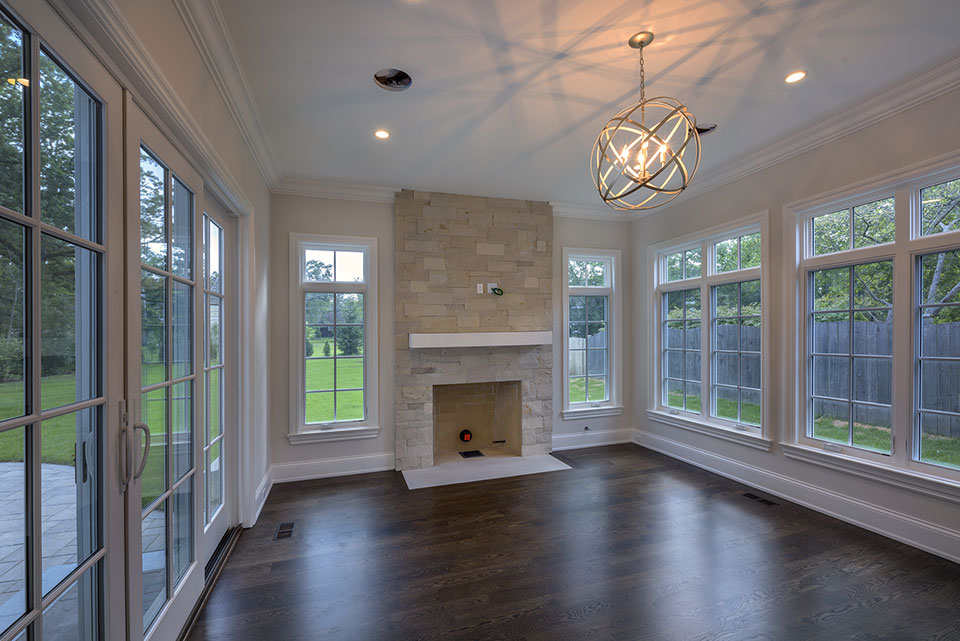 1205-Pleasant-Glenview - Family-Room,-Fire-Place - Globex Developments Custom Homes