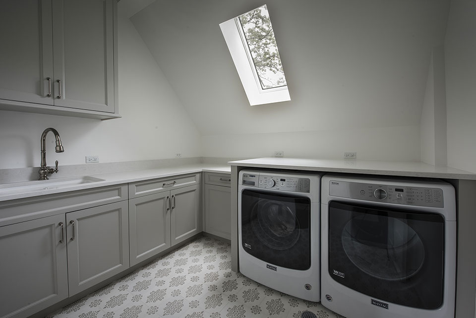 1205-Pleasant-Glenview - Laundry-Room - Globex Developments Custom Homes