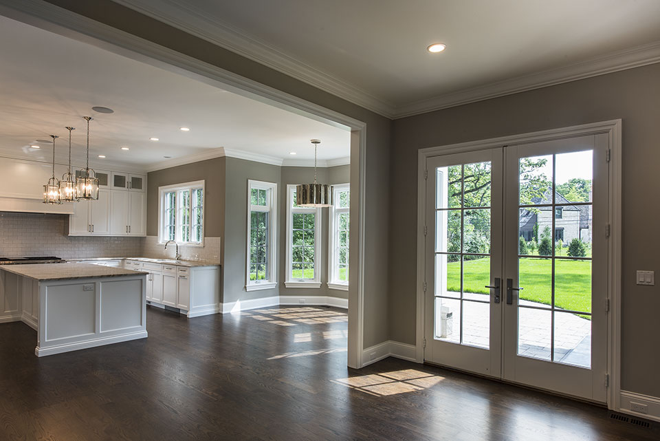 1205-Pleasant-Glenview - Patio-Double-Doors,-Kitchen,-Dining-Room - Globex Developments Custom Homes