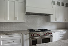 1205-Pleasant-Glenview - Kitchen Backsplash - Globex Developments Custom Homes