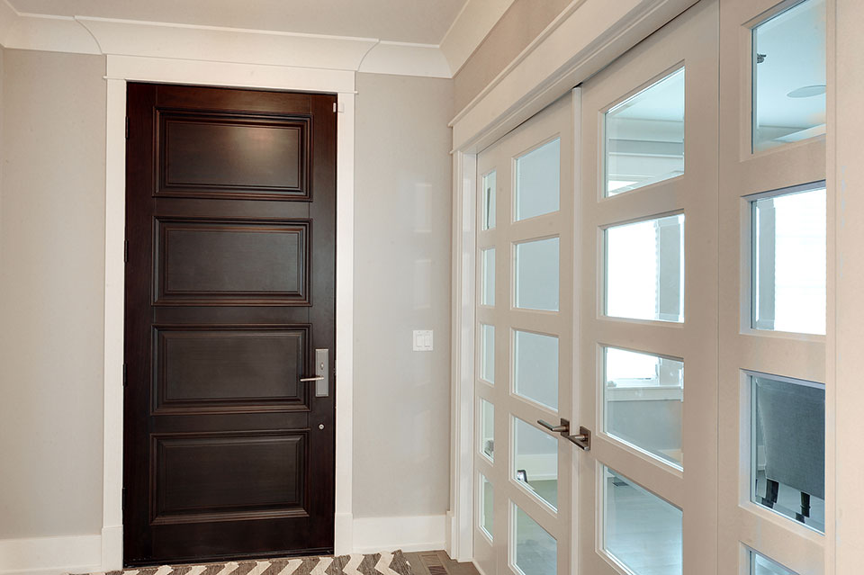 1206-Raleigh-Glenview - Entry-Doors - Globex Developments Custom Homes