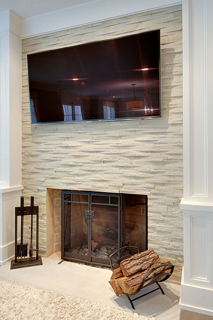 1206-Raleigh-Glenview - Family-Room-Fireplace - Globex Developments Custom Homes