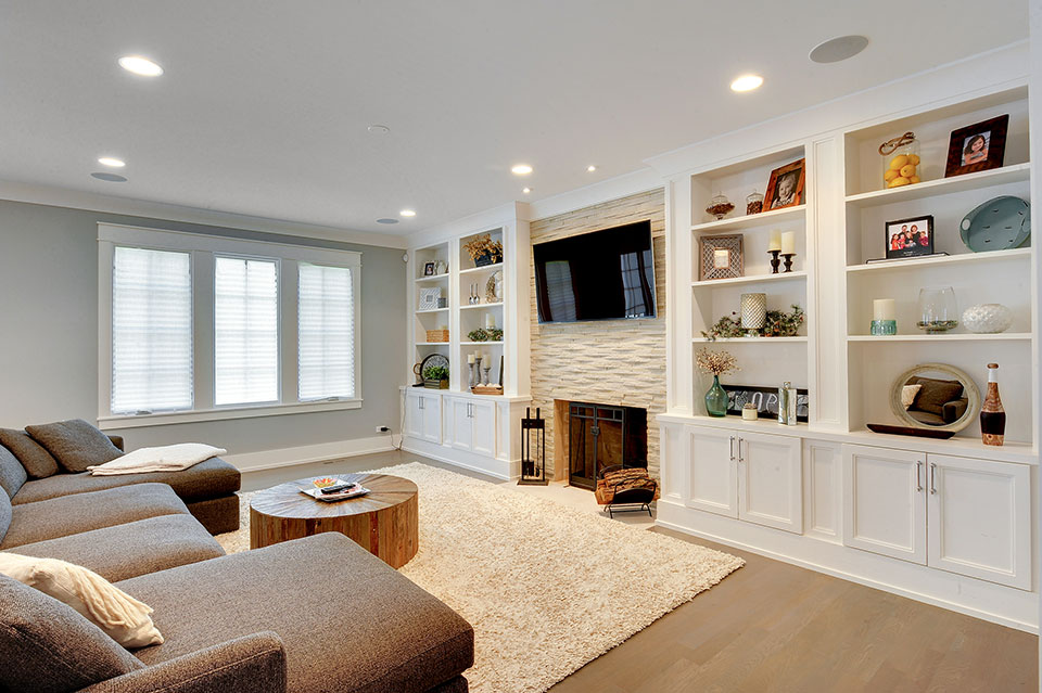 1206-Raleigh-Glenview - Family-Room - Globex Developments Custom Homes