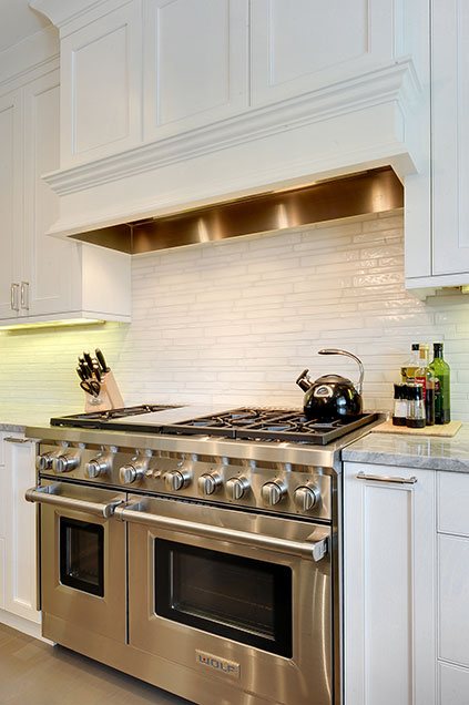 1206-Raleigh-Glenview - Kitchen-Backsplash - Globex Developments Custom Homes