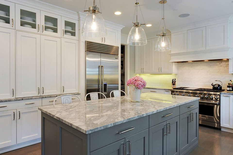 1206-Raleigh-Glenview - Kitchen.-Island-View - Globex Developments Custom Homes
