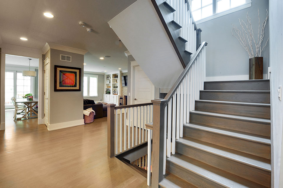 1206-Raleigh-Glenview - Staircase-Entry - Globex Developments Custom Homes