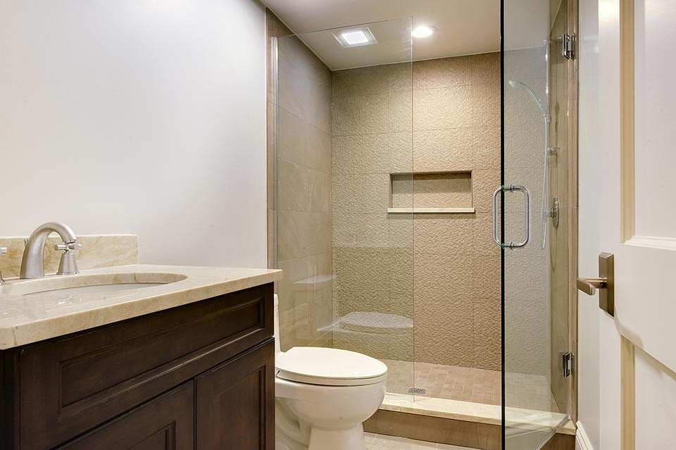 1216-Raleigh-Glenview - Basement-Bathroom - Globex Developments Custom Homes