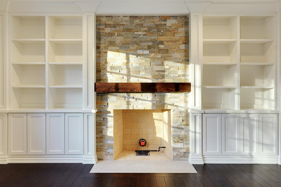 1216-Raleigh-Glenview - Family-Room-Fireplace - Globex Developments Custom Homes