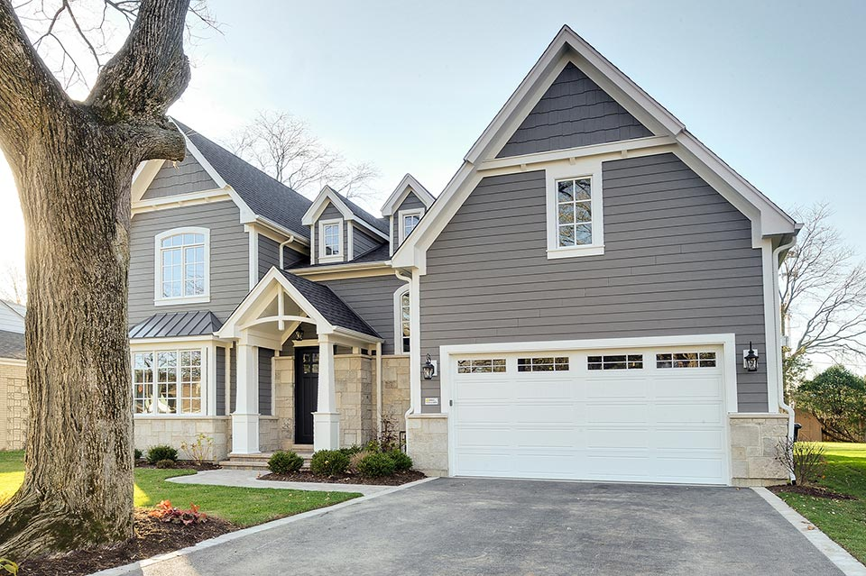 1216-Raleigh-Glenview - House-Front-Garage - Globex Developments Custom Homes