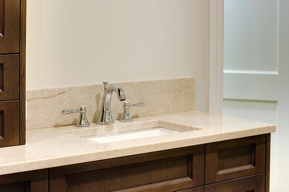 1216-Raleigh-Glenview - Master-Bathroom-Sink - Globex Developments Custom Homes