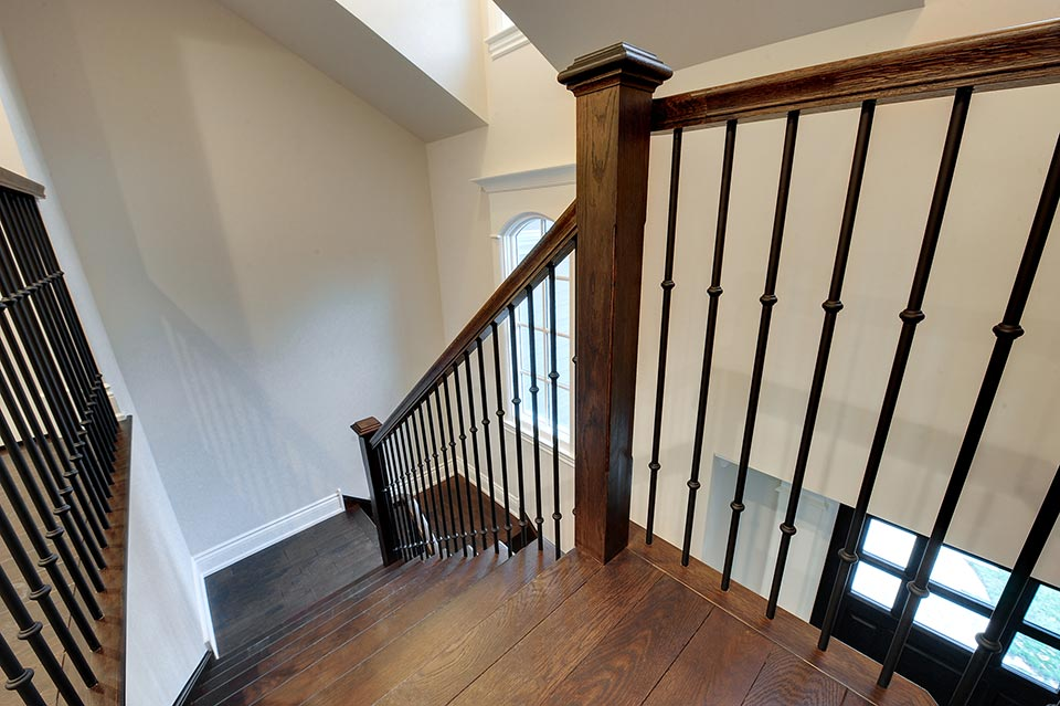 1216-Raleigh-Glenview - Staircase-Top - Globex Developments Custom Homes