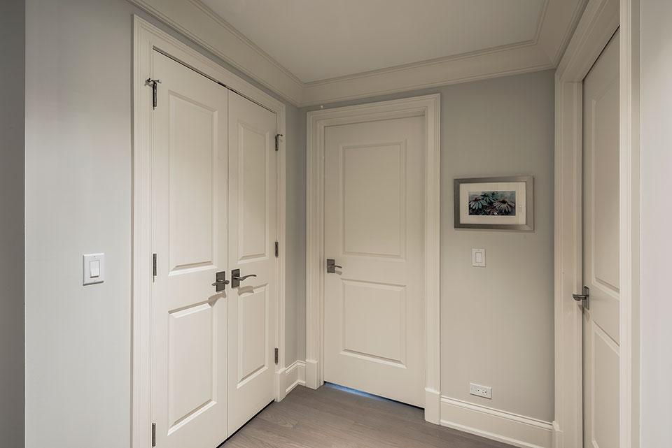 1233-Heather-Lane-Glenview - White Interior Doors, Second Floor - Globex Developments Custom Homes