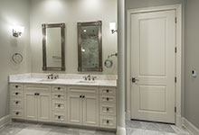 1233-Heather-Lane-Glenview - Master Bathroom, Interior Door - Globex Developments Custom Homes