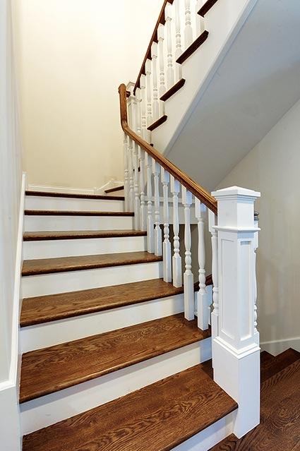 124-Berry-Park-Ridge - Staircase - Globex Developments Custom Homes