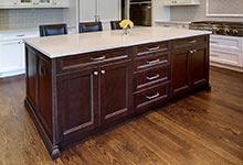 124-Berry-Park-Ridge - Kitchen-Island - Globex Developments Custom Homes