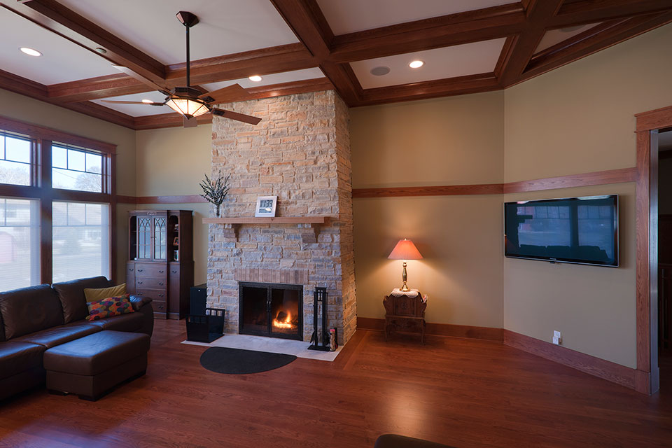 14-Casa - FamilyRoom-Fireplace - Globex Developments Custom Homes