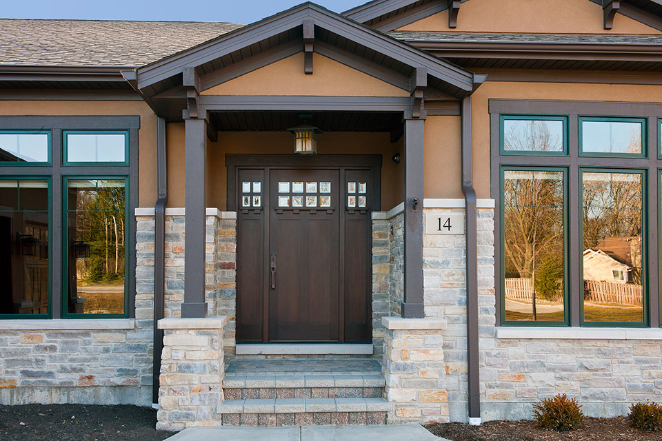 14-Casa - FrontDoor-Outside - Globex Developments Custom Homes