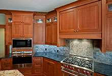 14-Casa - Kitchen Detail - Globex Developments Custom Homes
