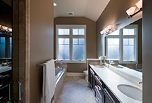 14-Casa - Bathroom - Globex Developments Custom Homes