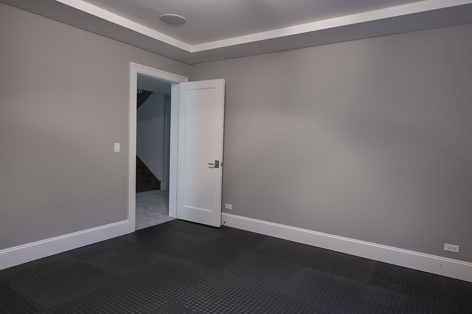 1429-Pleasant-Glenview - Basement Exercise Room - Globex Developments Custom Homes