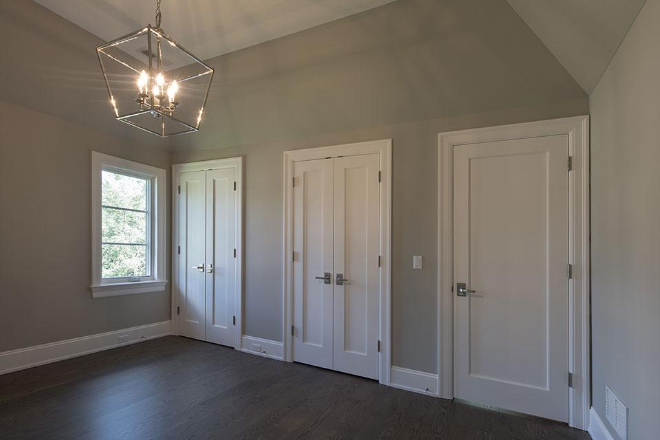 1429-Pleasant-Glenview - Bedroom, Paint Grade Interior Doors - Globex Developments Custom Homes