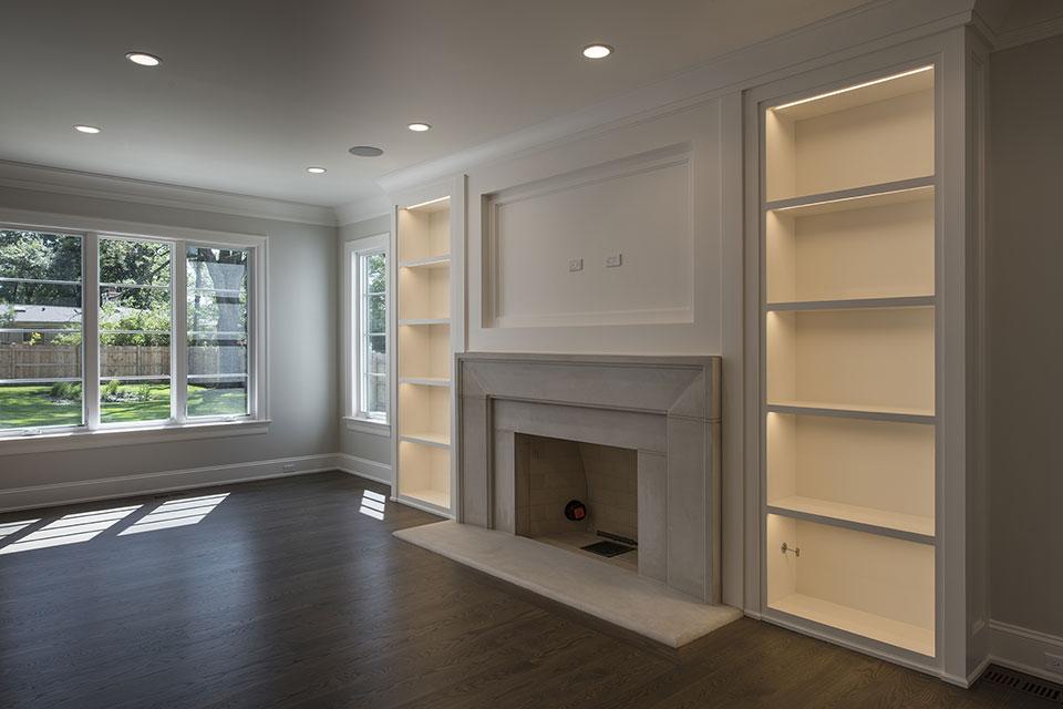 1429-Pleasant-Glenview - Family Room, Fireplace - Globex Developments Custom Homes