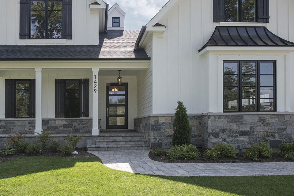 1429-Pleasant-Glenview - House Entrance - Globex Developments Custom Homes