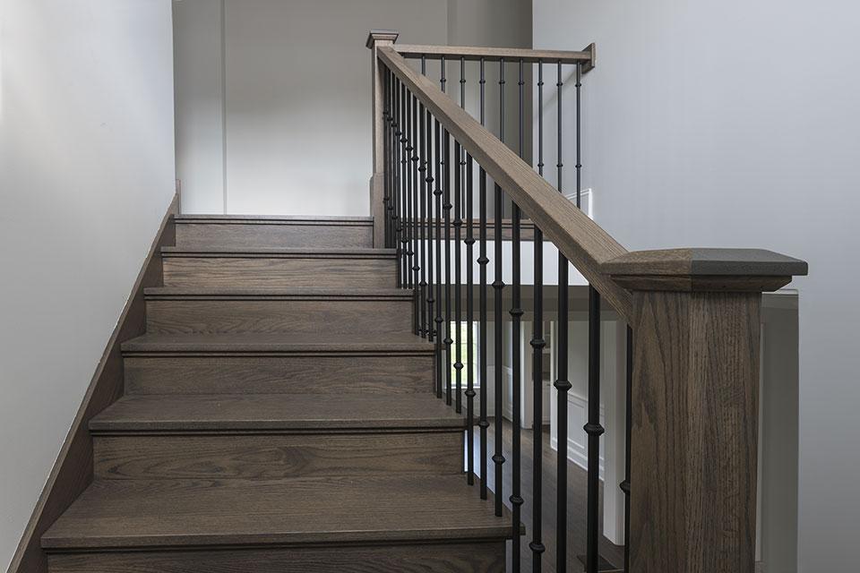 1429-Pleasant-Glenview - Staircase - Globex Developments Custom Homes
