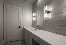 1429-Pleasant-Glenview - Bathroom, Interior Door - Globex Developments Custom Homes