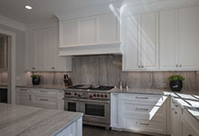 1429-Pleasant-Glenview - Kitchen, Stove, Backsplash - Globex Developments Custom Homes