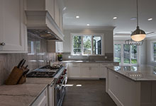 1429-Pleasant-Glenview - Kitchen, Window View - Globex Developments Custom Homes